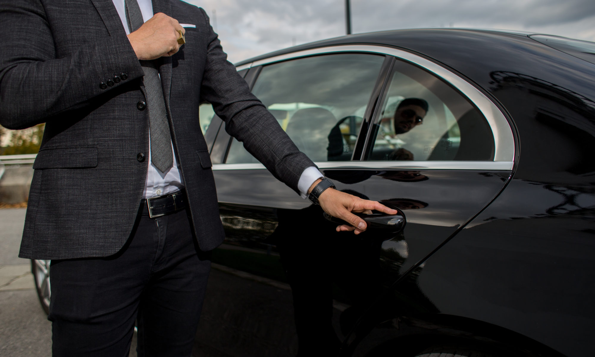 choosing the right limo service